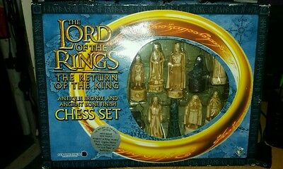 Lord Of The Rings - Return Of The King Chess Set