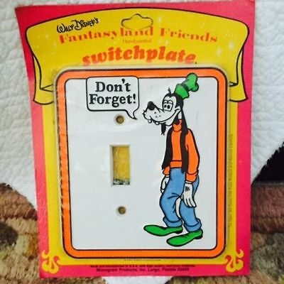 Vintage Disney Monogram Inc Goofy Night-Light Switchplate - NIP