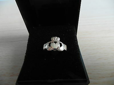 9Ct Gold Made In Ireland Claddagh Gold Ring Size L With A Box Weighs 1.8Gms