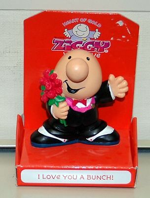 "Ziggy With Love by RUSS ""I LOVE YOU A BUNCH"" 3"" Figurine In Tux Holding Flowers"