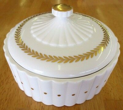 Vintage Lenox Green Stamp Ivory Gold Golden Wreath Covered Candy Dish 2873/MR76