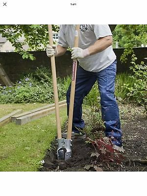 Spear & Jackson Landscaping and Fencing Post Hole Digger With Ash Wood Handles