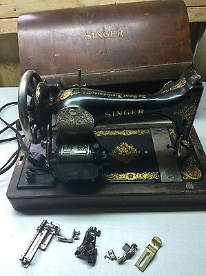 Antique 1921-23 Singer Model 128 Sewing Machine w/Accessories BentWood Case
