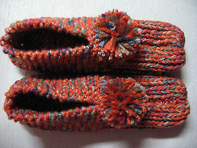 """NWOT Amish Handmade Knit Coral Multi Color House Slippers Womans Med Mans Sm 9"""""""