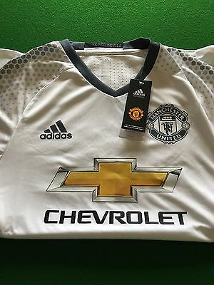 Manchester United jersey shirt large