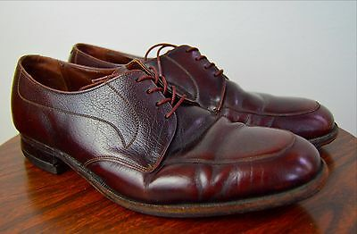 Vintage 1960s Brown Leather Shoes by Florsheim Size 9.5D