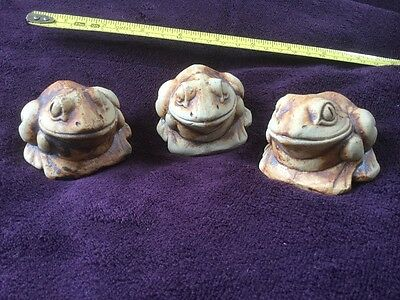 CERAMIC FROGS x 3