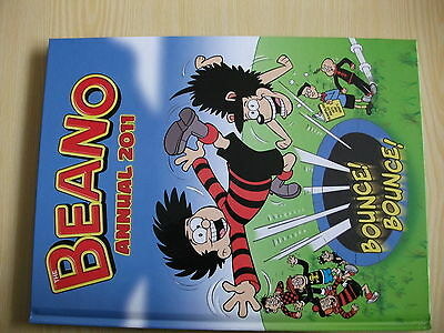 BEANO ANNUAL 2011 SIGNED LIMITED EDITION (No:25/100)
