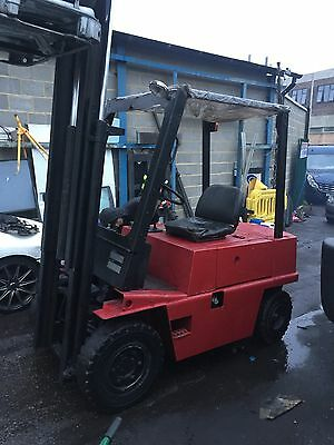 Reliable Boss Diesel Forklift Mercedes Engine With Extension Forks