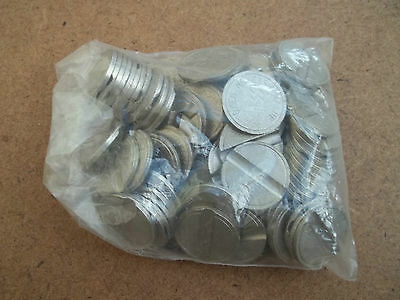 TOKENS   bulk lot of 100 single slotted non-magnetic