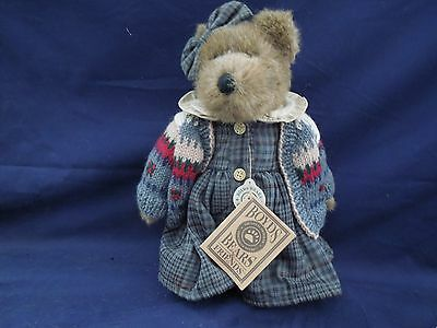 Boyds Bear approx 12 in. Zelma G Berriweather FOB /98