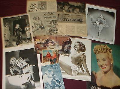 Betty Grable - Clippings  (Lot B)