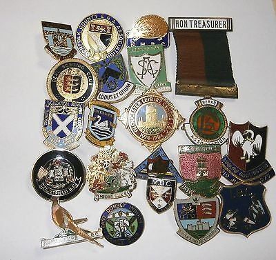 Collection of 20 UK Bowling Association Bowling Club Enamel Badges Bowls Lot 17