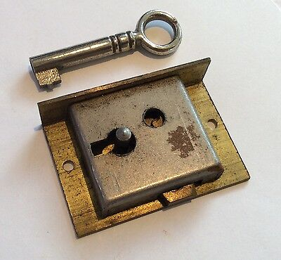Small Brass Cabinet Lock with Key