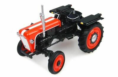 Kubota T15 1960 Trattore Vintage Tractor 1:32 Model 4898 UNIVERSAL HOBBIES