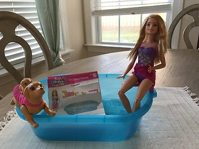 �� Barbie Swimmin' Pup Pool and Doll Color-Change Swimsuit Puppy Chase Play Set