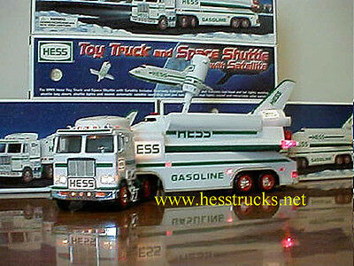 1999 Hess Truck and Space Shuttle - Please read item description!