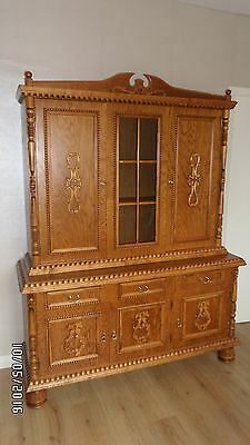 DRESSER SOLID WOOD LARGE GLASS FRONTED DISPLAY CABINET + TV Stand