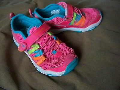 Girls Shoes * Stride Rite Made2Play * Size 11 * Pink Velcro Sneakers