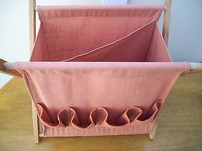 craft / sewing folding bag has side pockets lovely condition
