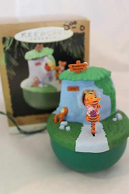 """Hallmark Magic ornament Winnie The Pooh """"Too much Honey"""" 1995 tested and works"""