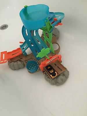 Hot Wheels Racetrack Toy For The Bath