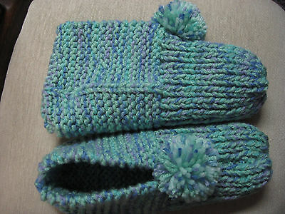 NWOT Amish WIDE Hand Knit House Slippers Womans Lg Mans Med Ocean Green Mix