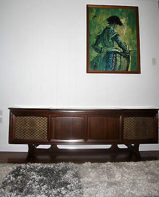 Vintage Retro G.E. Stereo radiogram with cassette player Sideboard/TV unit