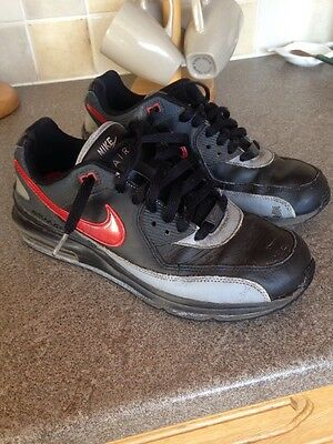 Men's/older boys Nike Air Trainers Size 6