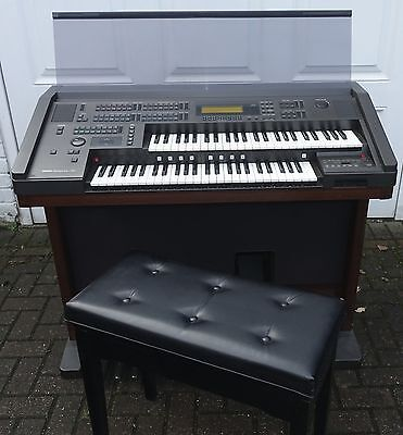 Yamaha EL70 Digital Electronic Organ (Will Deliver please read details)