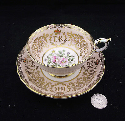 Paragon Tea Cup And Saucer E&r Cabinet Teacup Painted Gold Gilt Double Warrent