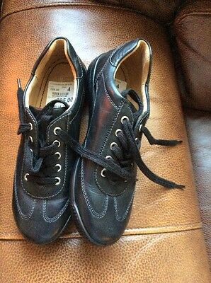 Hotters Black Woman's Leather Shoes,lace Ups,size 4��