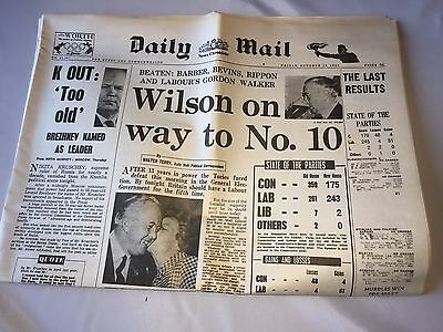 Reproduction Newspaper Daily Mail Oct 16th 1964 (Wilson elected Prime Minister