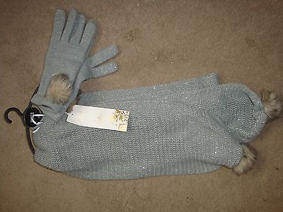 M/ S   Childs Scarf and Gloves