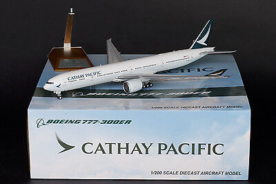 """Cathay Pacific 777-300ER B-KPM """"New Livery"""" JC Wings 1:200 Diecast Models XX2661"""