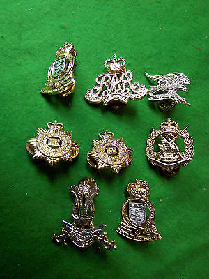 Collection (lot) of 8 Australian Army collar badges.
