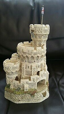 David Winter Cottages Castle Tower Of Windsor limited edition.boxed