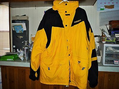 Vintage Tyrolia ski jacket in Yellow Bigger 1X Size lots of storage for whatever