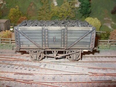 O Gauge scratch? built open wagon with Peco chassis. Nicely weathered