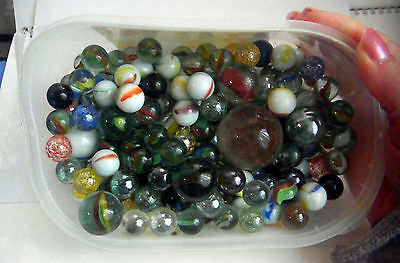 VINTAGE ? GLASS DIFFERNT SIZES MARBLES 2.35kg
