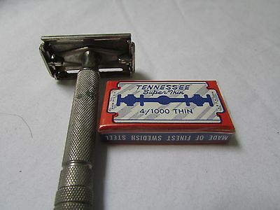 Gillette Z1 Safety Razor with Tennesee 4 Blades