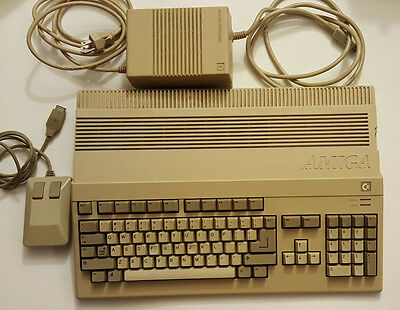 Commodore AMIGA 500, Mouse, Power Supply, Tested/Working!