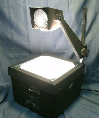 Working Bell & Howell 3860A Overhead Projector, 1000 lumen, tested