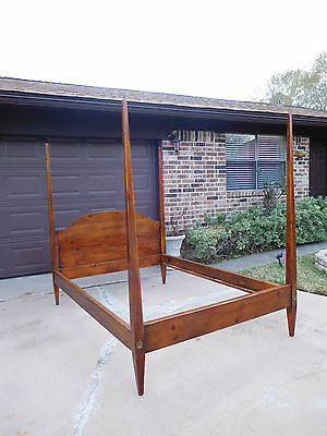 Antique Full Size 4 Poster Bed