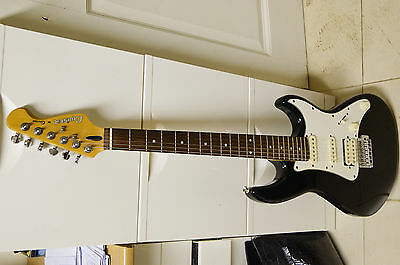 Cruiser Crafter Electric Guitar And Case
