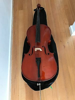 Cello 4/4 Size - great for a beginner or sudent