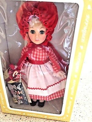 """Vintage EFFANBEE 1976 DOLL11"""" Tall LITTLE RED RIDING HOOD #1178 New in box w/tag"""