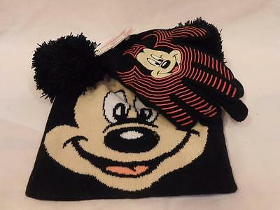 NWT - Boy's Disney Mickey Mouse Beanie Hat and Glove Set *