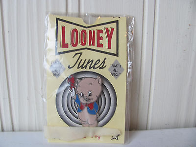WB Porky Pig Waving Cap Pin Warner Brothers Looney Tunes '93 Carded NOS