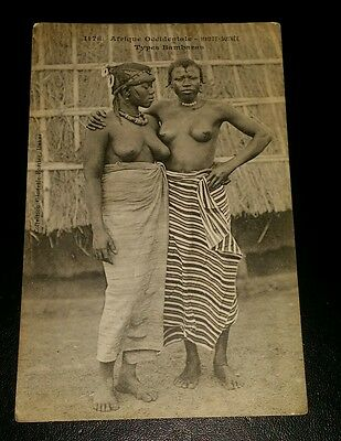 VINTAGE POSTCARD - AFRIQUE OCCIDENTAL GUINEE, NUDE, TRIBAL- EARLY 1900's
